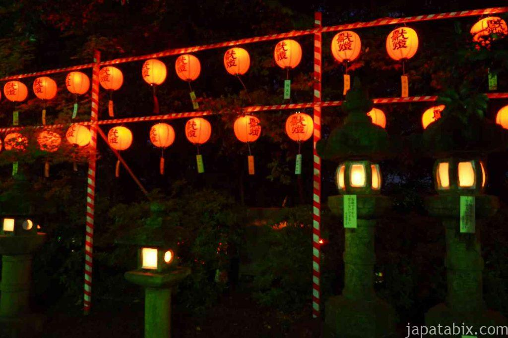 伏見稲荷大社 石灯籠