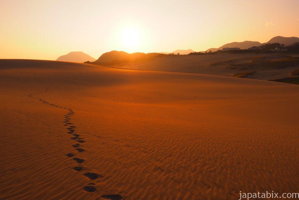 鳥取砂丘に自分だけの足跡をつける
