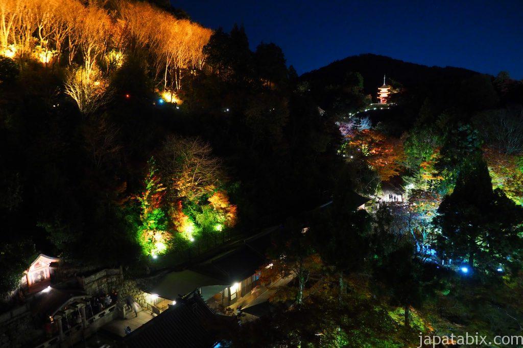 夜の清水寺ライトアップ