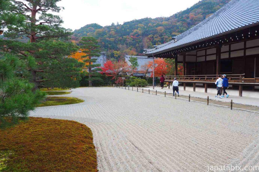 京都 嵐山 天龍寺 早朝拝観 紅葉 方丈