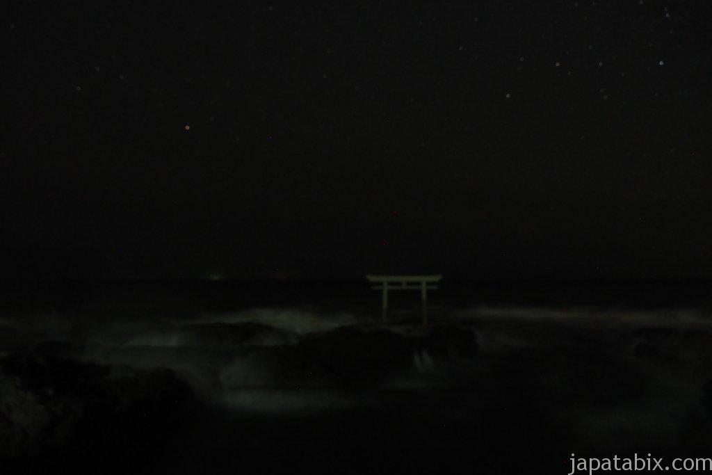 大洗磯前神社 神磯の鳥居の夜