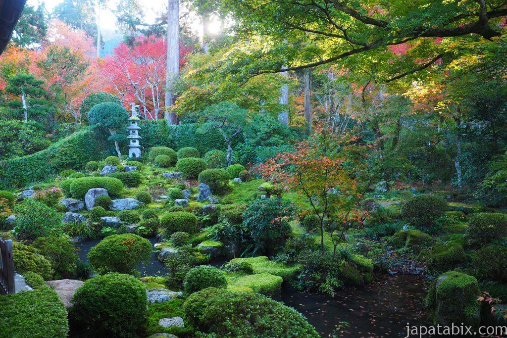 三千院の庭園