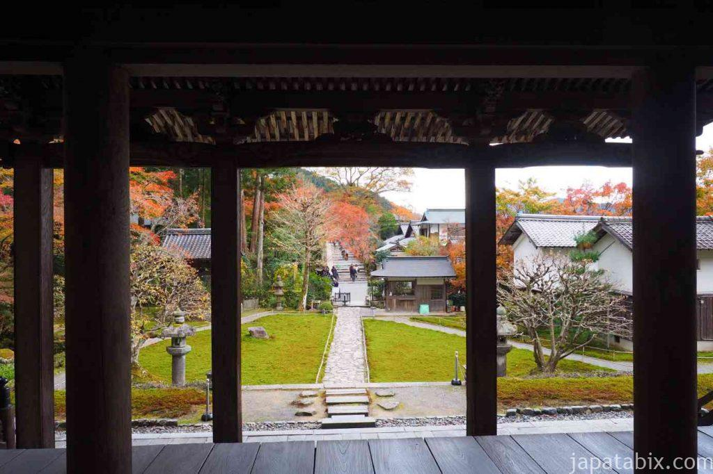 大原 勝林院 本堂側から見た境内