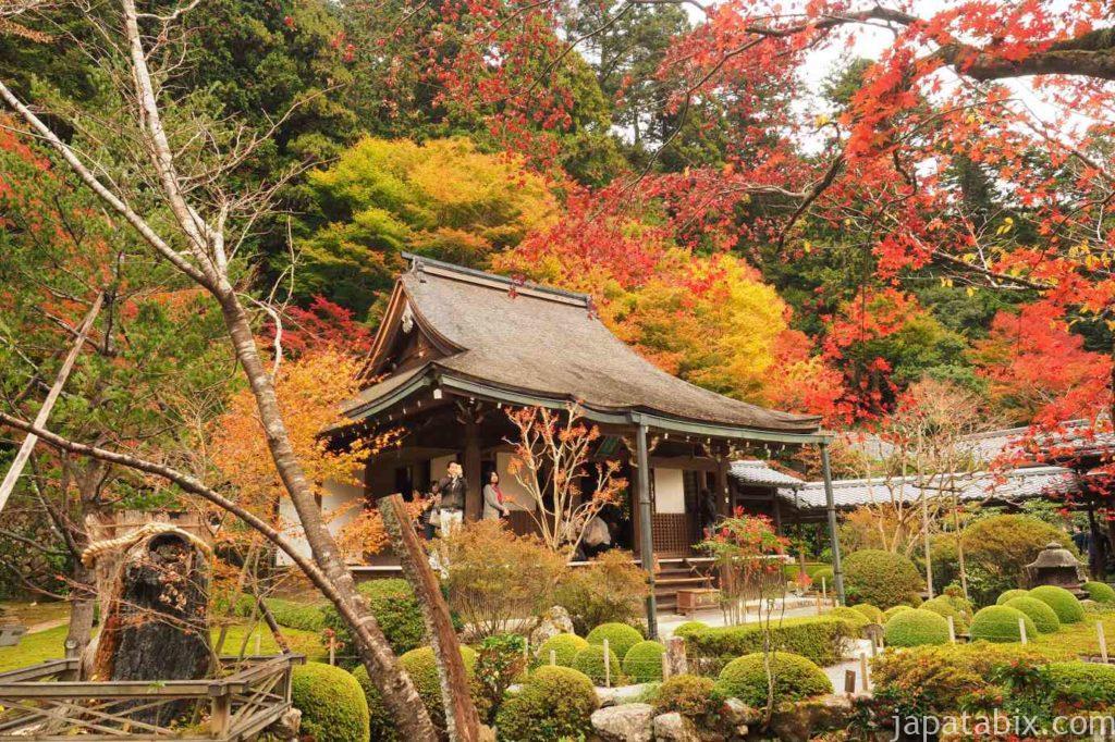 京都 大原 寂光院 本堂 紅葉