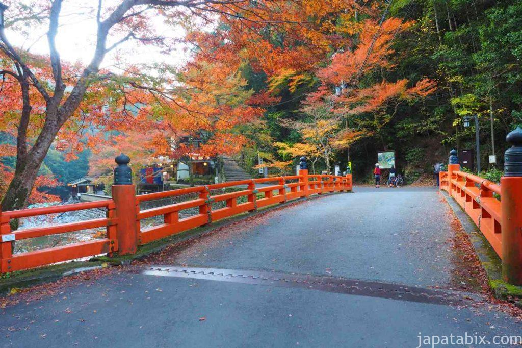 京都 高雄 神護寺 高雄橋の紅葉
