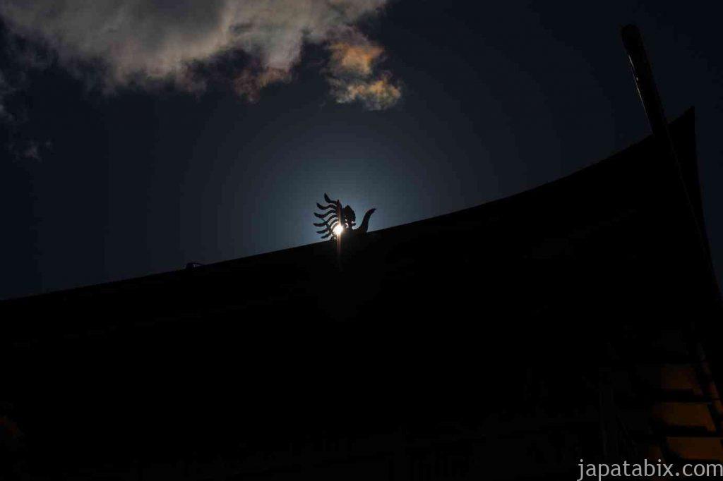 京都 金閣寺 舎利殿の鳳凰像
