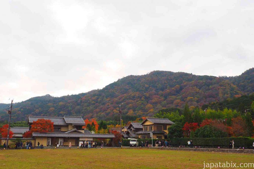 京都 嵯峨 清涼寺 嵯峨釈迦堂 嵐山の紅葉