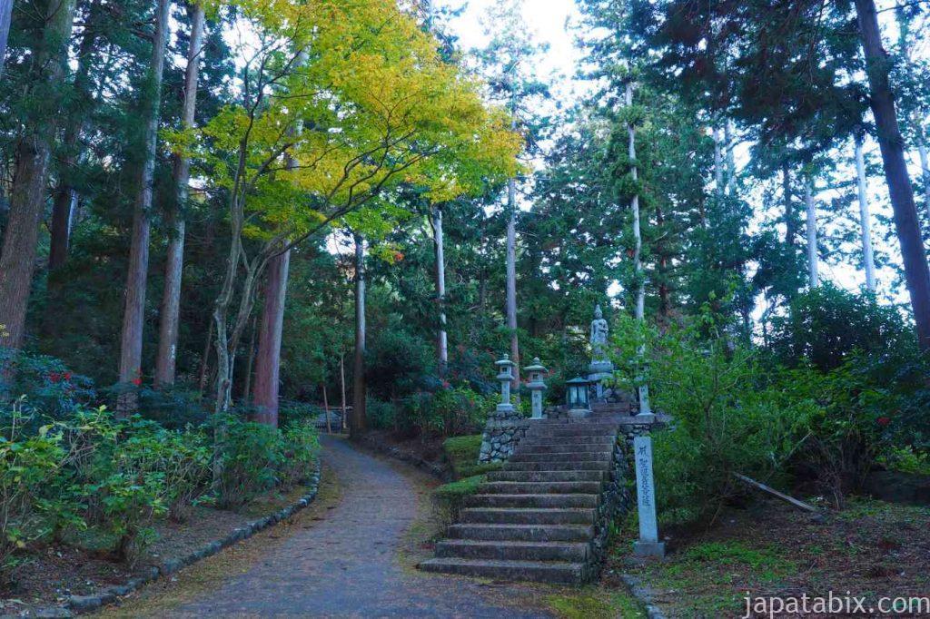 京都 西山 善峯寺境内
