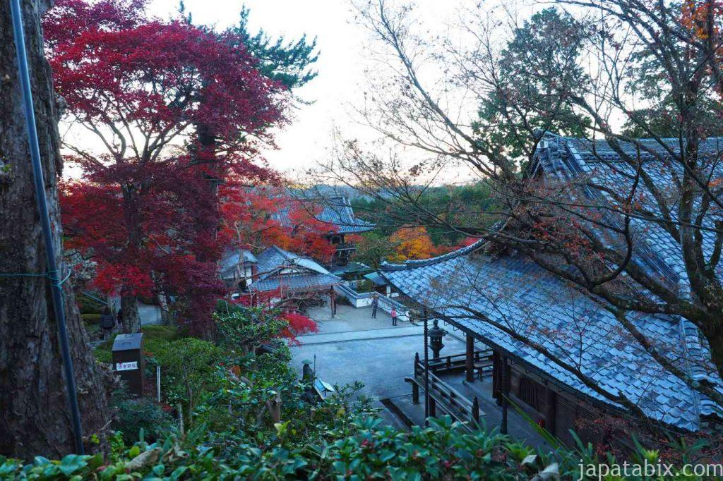 京都 西山 善峯寺 本堂の紅葉