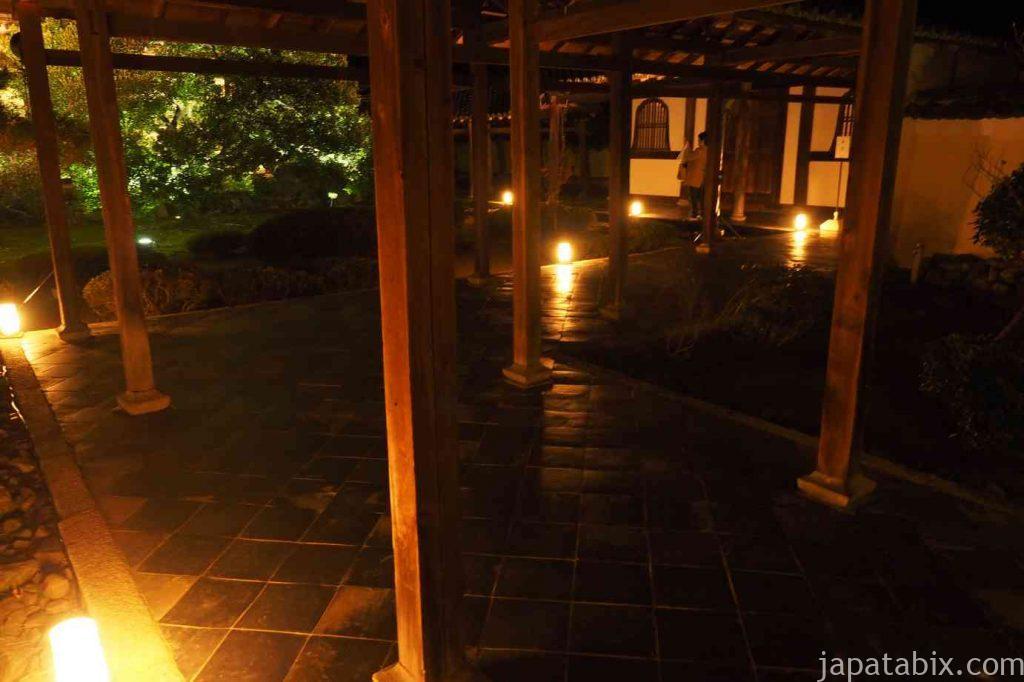 京都 嵯峨 鹿王院 舎利殿 駄都殿 夜間特別拝観 通路