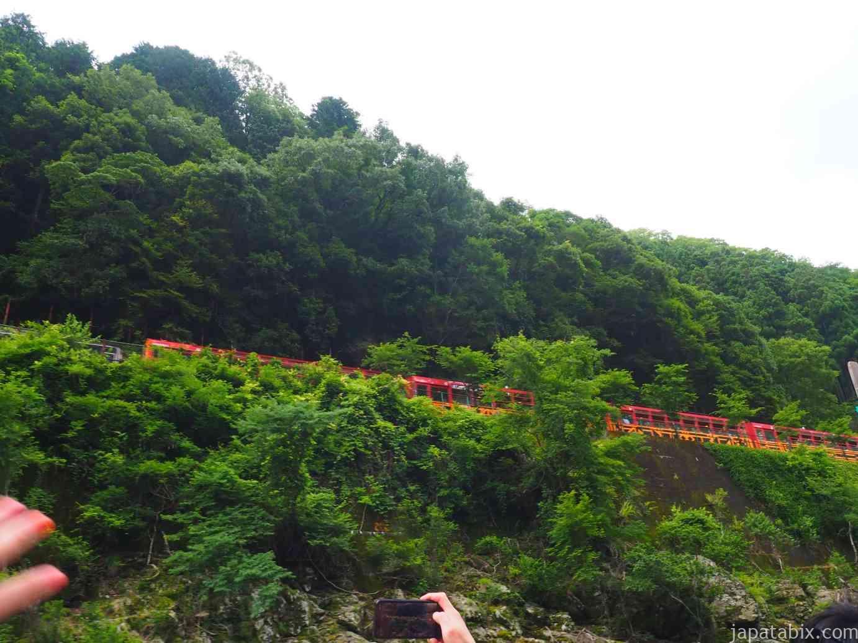 京都 トロッコ列車 保津川下り