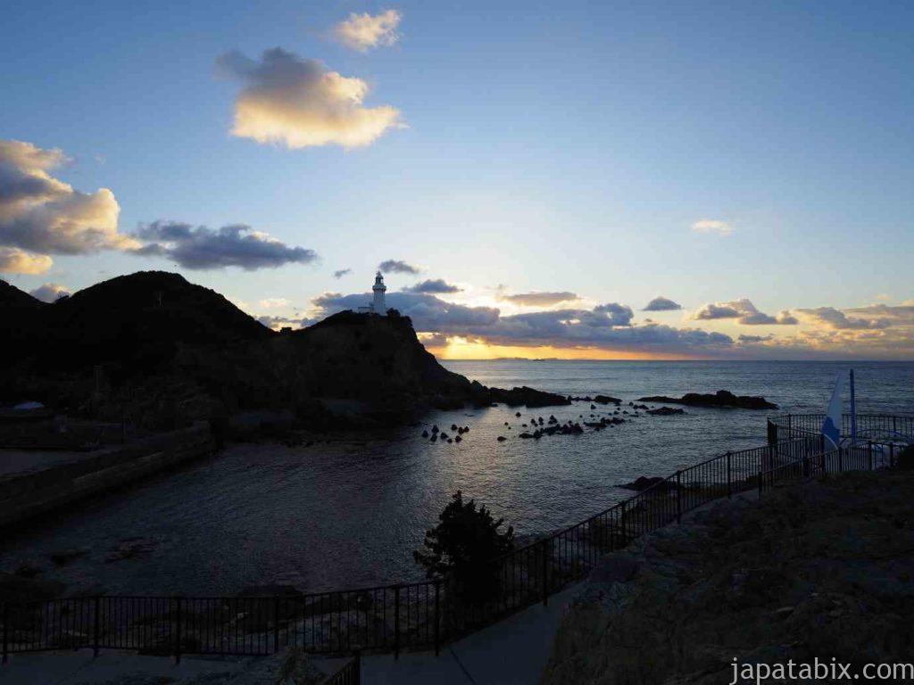 愛媛 佐田岬 御籠島から見る灯台