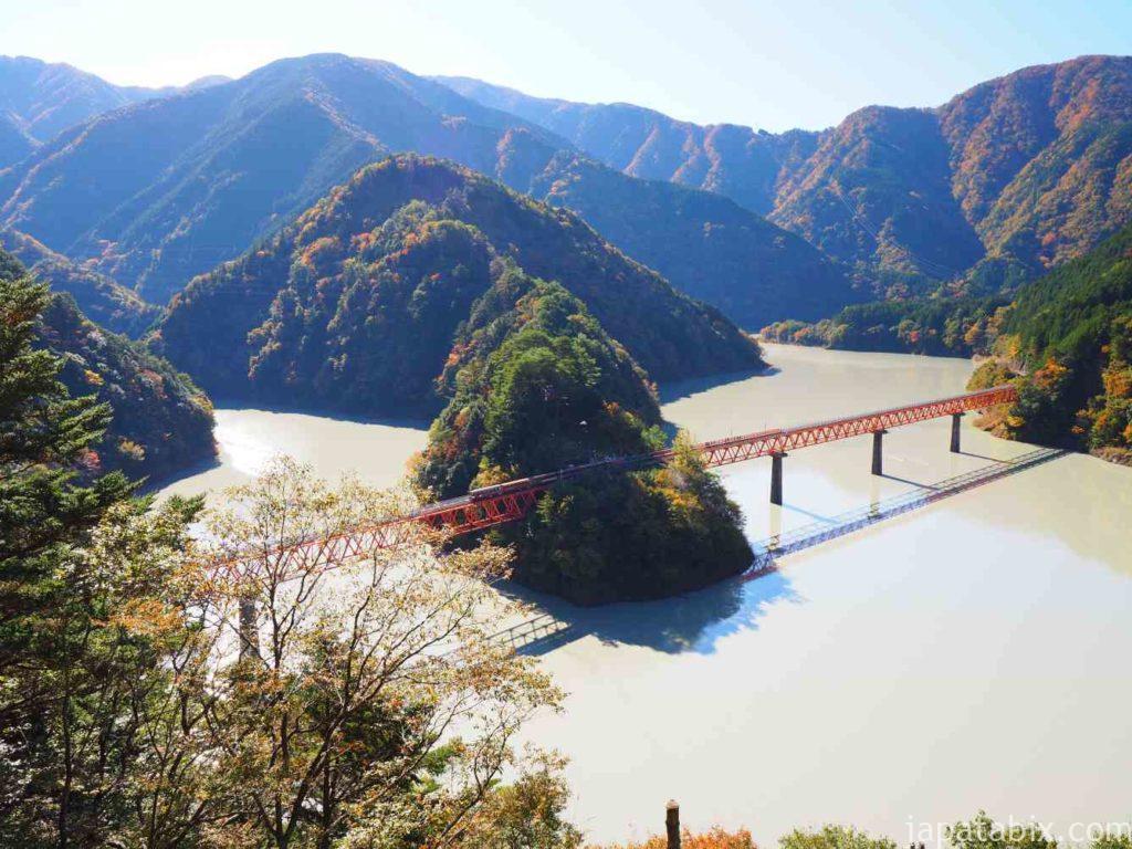 奥大井湖上駅の全景