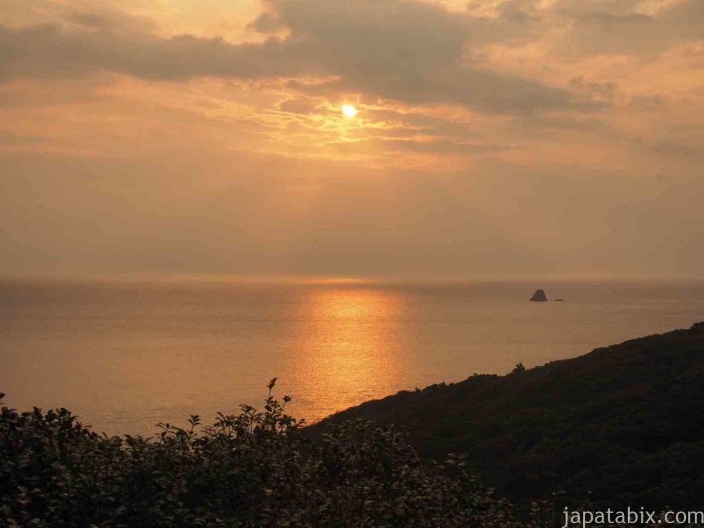 長崎 上五島町 津和崎灯台から見る日の出