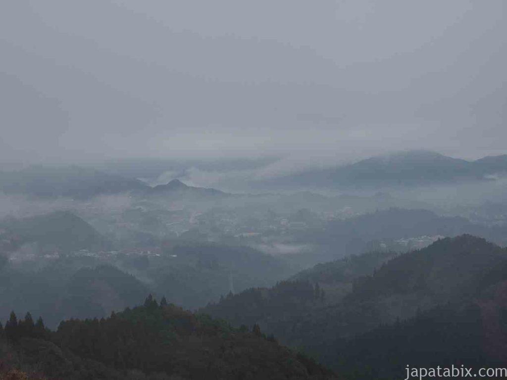 宮崎 国見ヶ丘の霧がかった景色