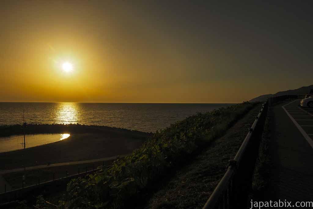 石狩市 あいロード夕日の丘