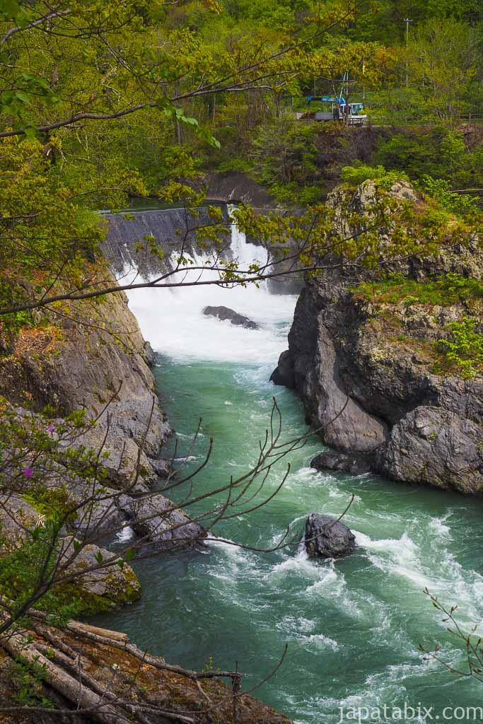 北海道滝上町 錦仙峡 洛陽の滝