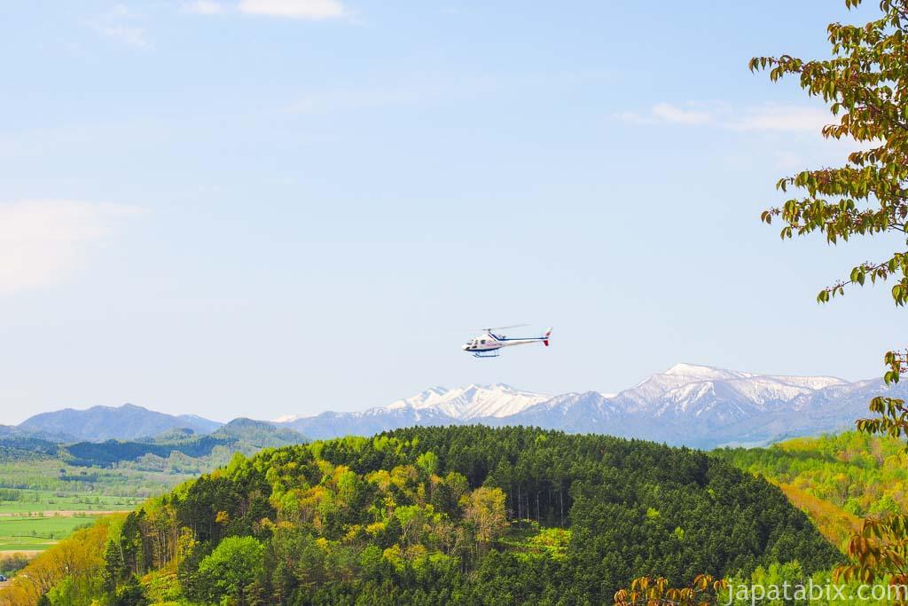 北海道滝上町 芝桜 たきのうえ公園 SKYクルーズ ヘリコプター