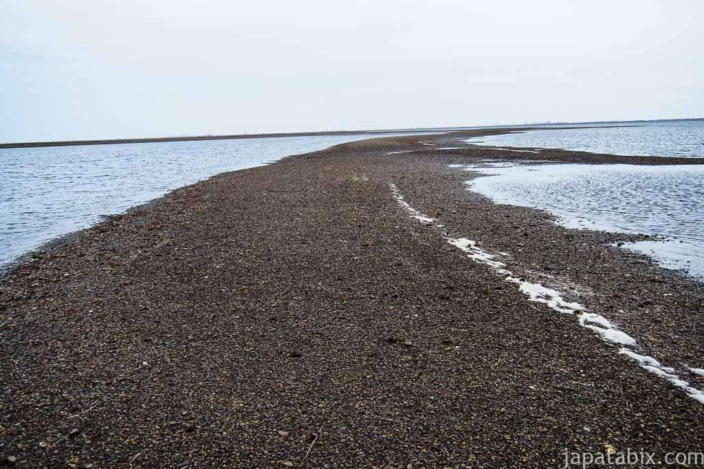 野付半島 砂しを歩く