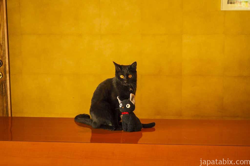 野中温泉 別館 看板ネコ
