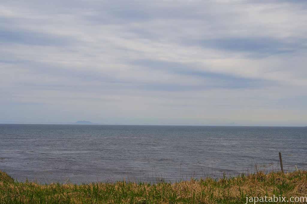 納沙布岬から見る北方領土