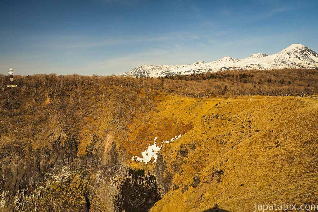5月の枯れたフレぺの滝