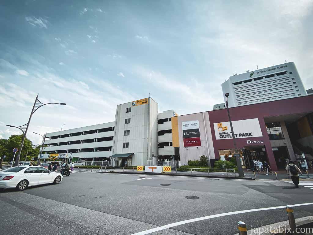三井アウトレットパーク幕張 P2 直営駐車場