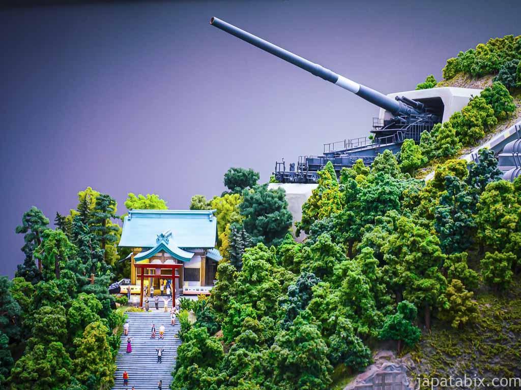 スモールワールズTOKYO 第3新東京市 箱根松濤神社と800ミリ列車砲台