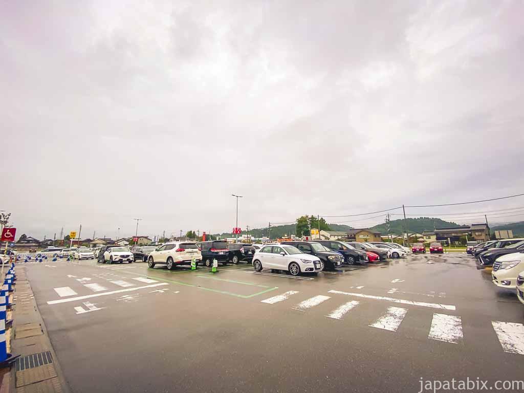 三井アウトレットパーク北陸小矢部 駐車場