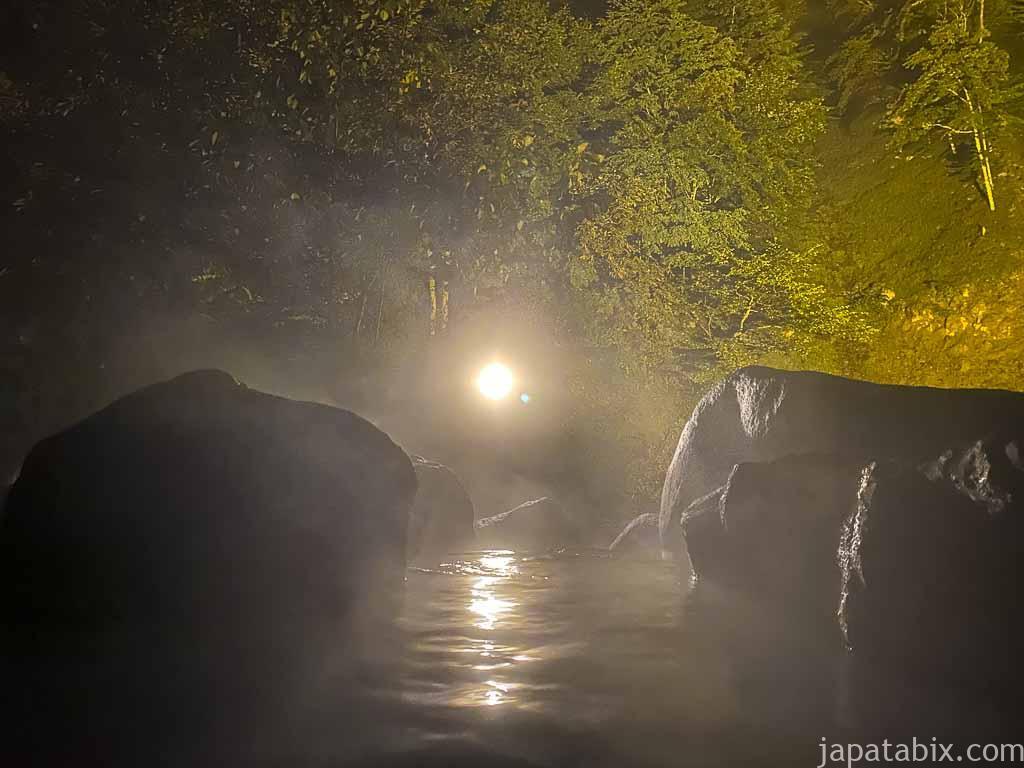 奥鬼怒温泉郷 加仁湯の温泉 第2露天風呂 夜の様子