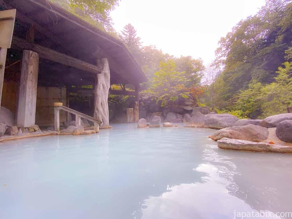 奥鬼怒温泉郷 加仁湯の温泉 早朝の第3露天風呂