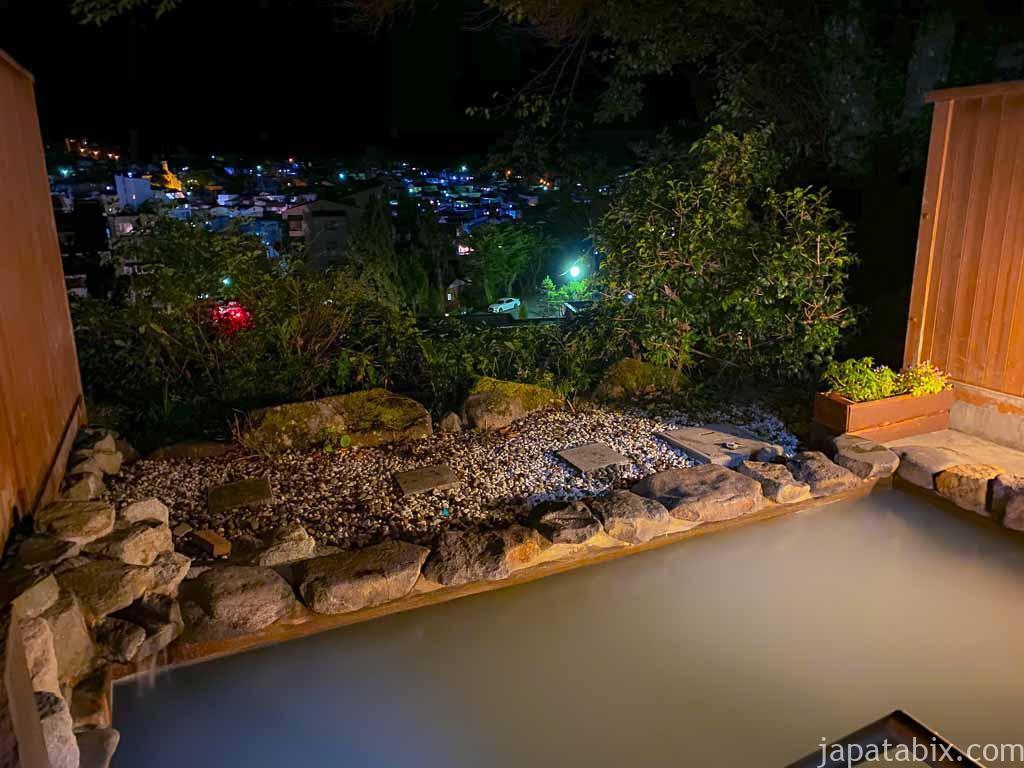 野沢グランドホテル 夜の展望露天風呂の眺望