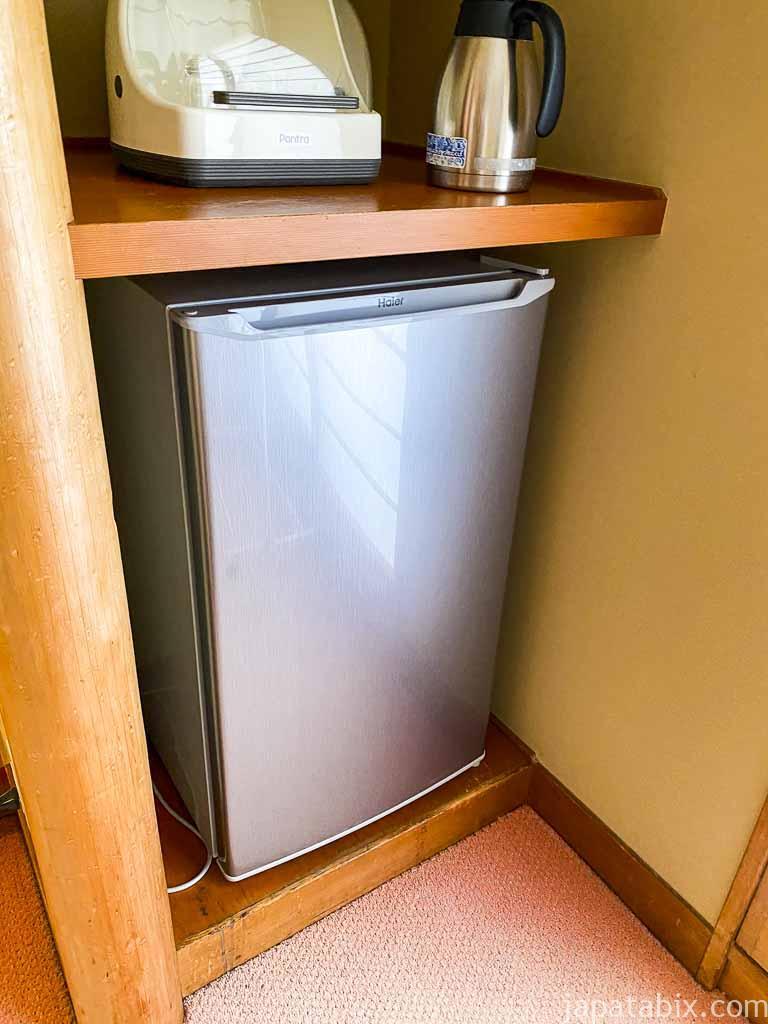 野沢グランドホテル 部屋の冷蔵庫