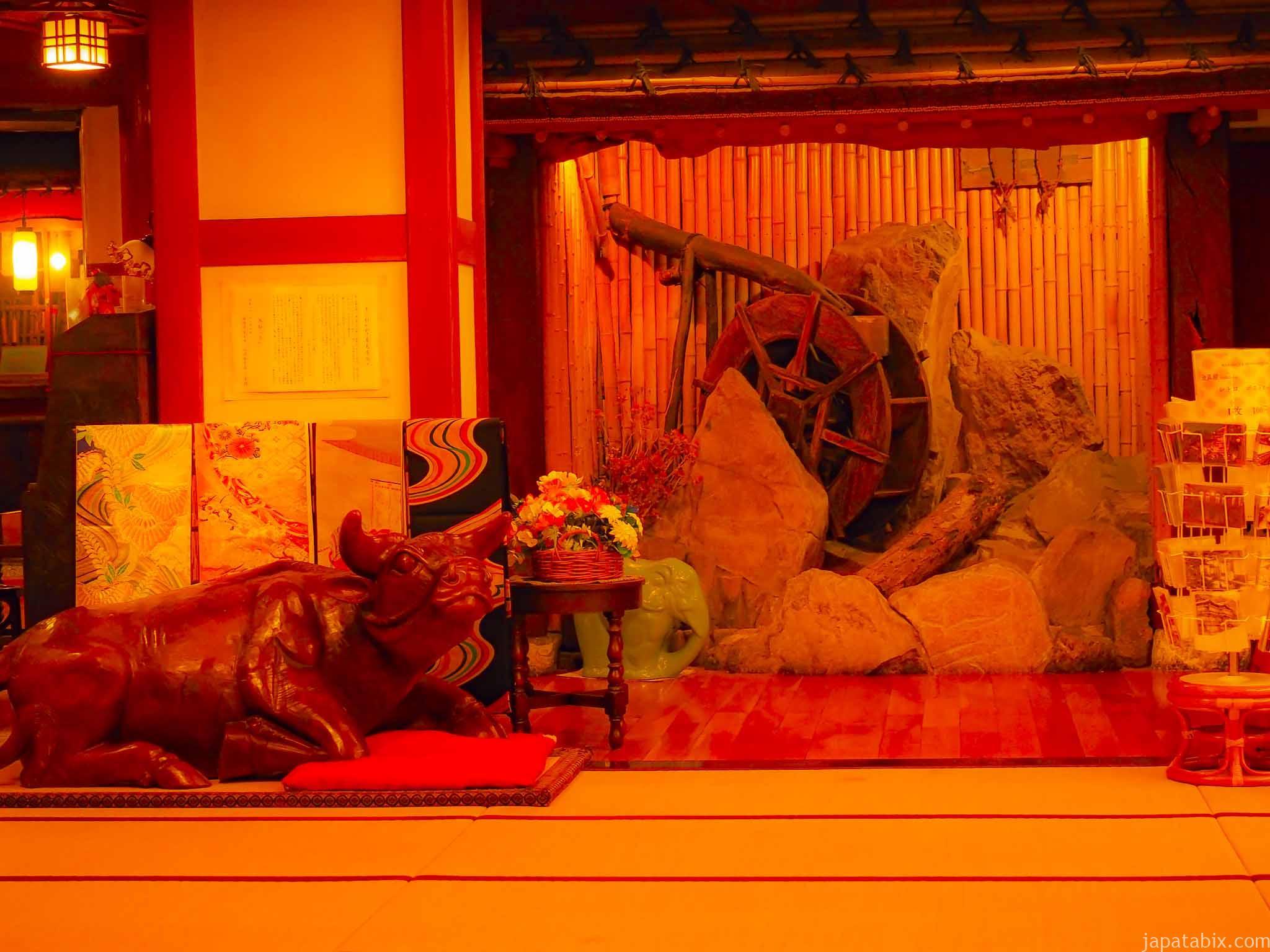 渋温泉 金具屋のライトアップ