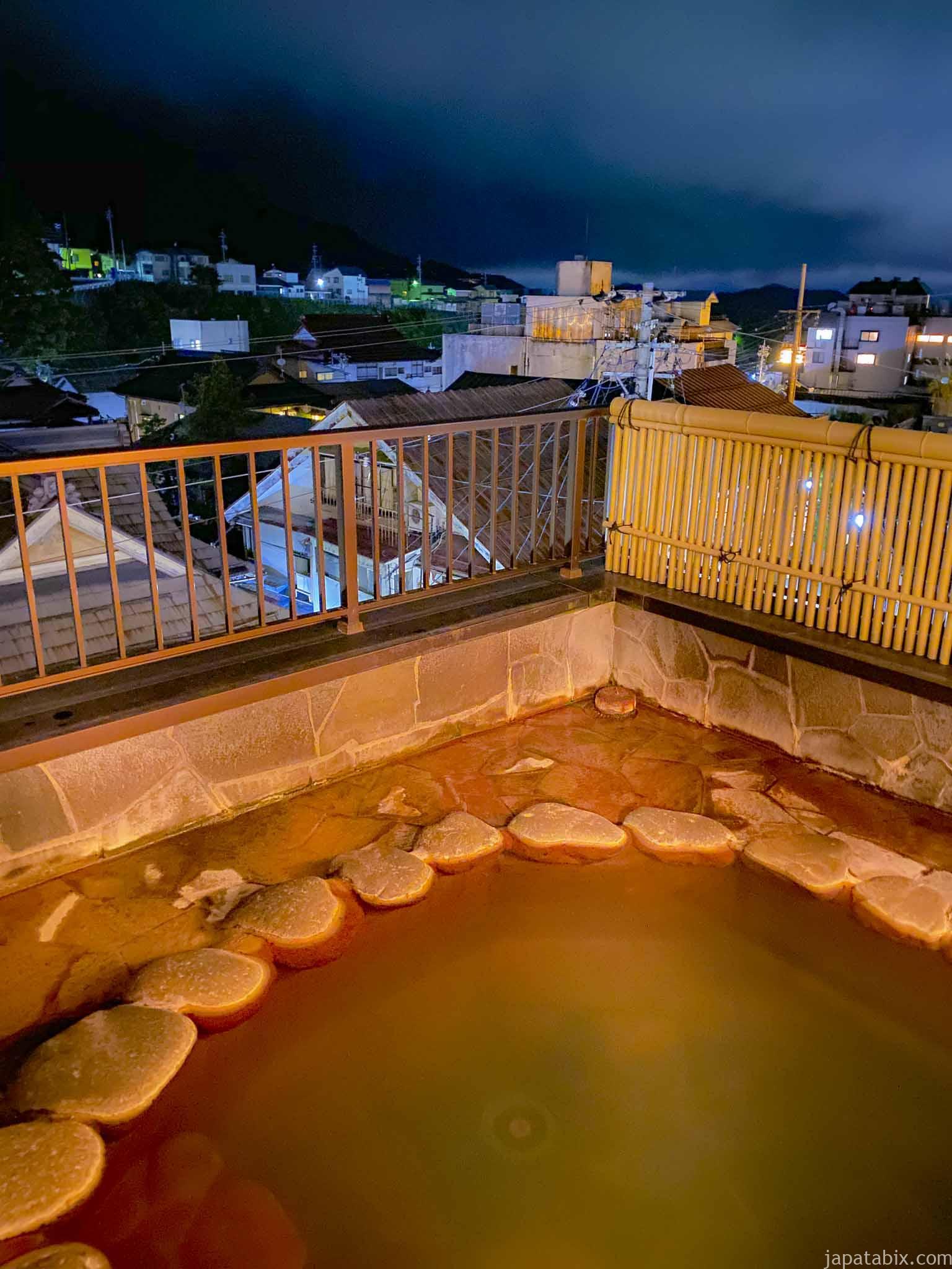 露天風呂付大浴場「牽牛」「織女」の露天風呂