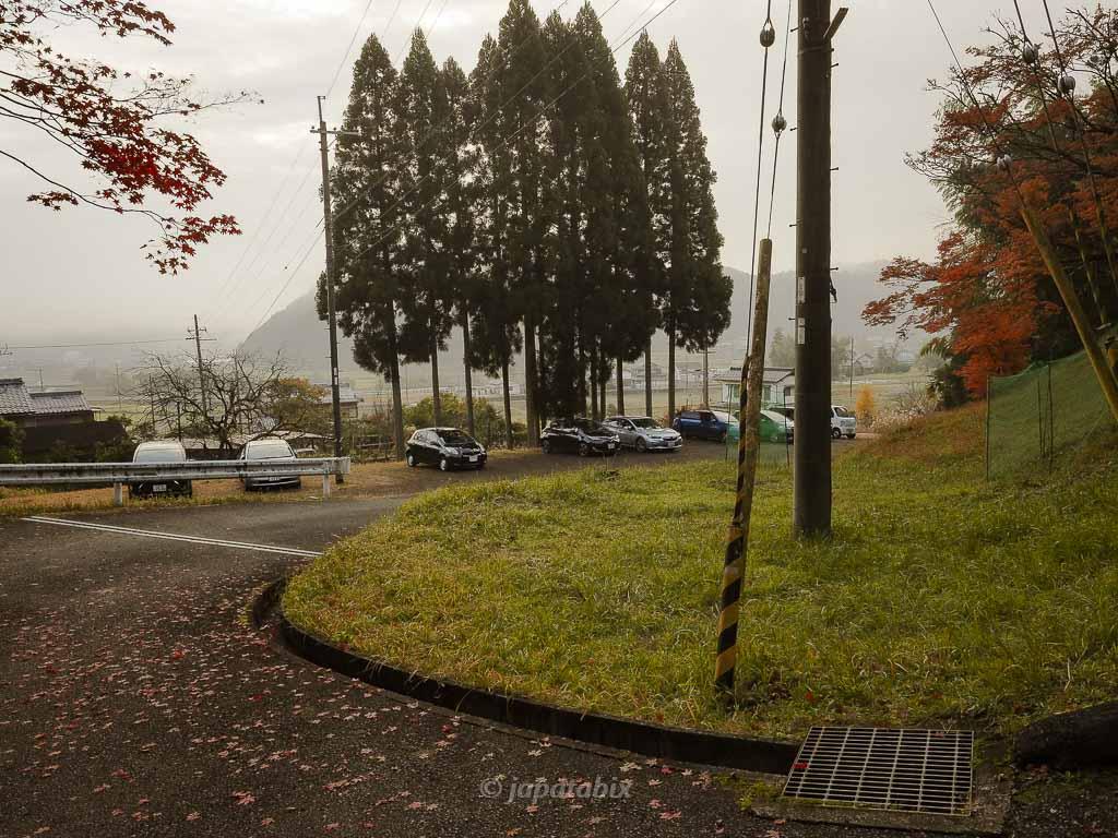京都 龍穏寺の駐車スペース