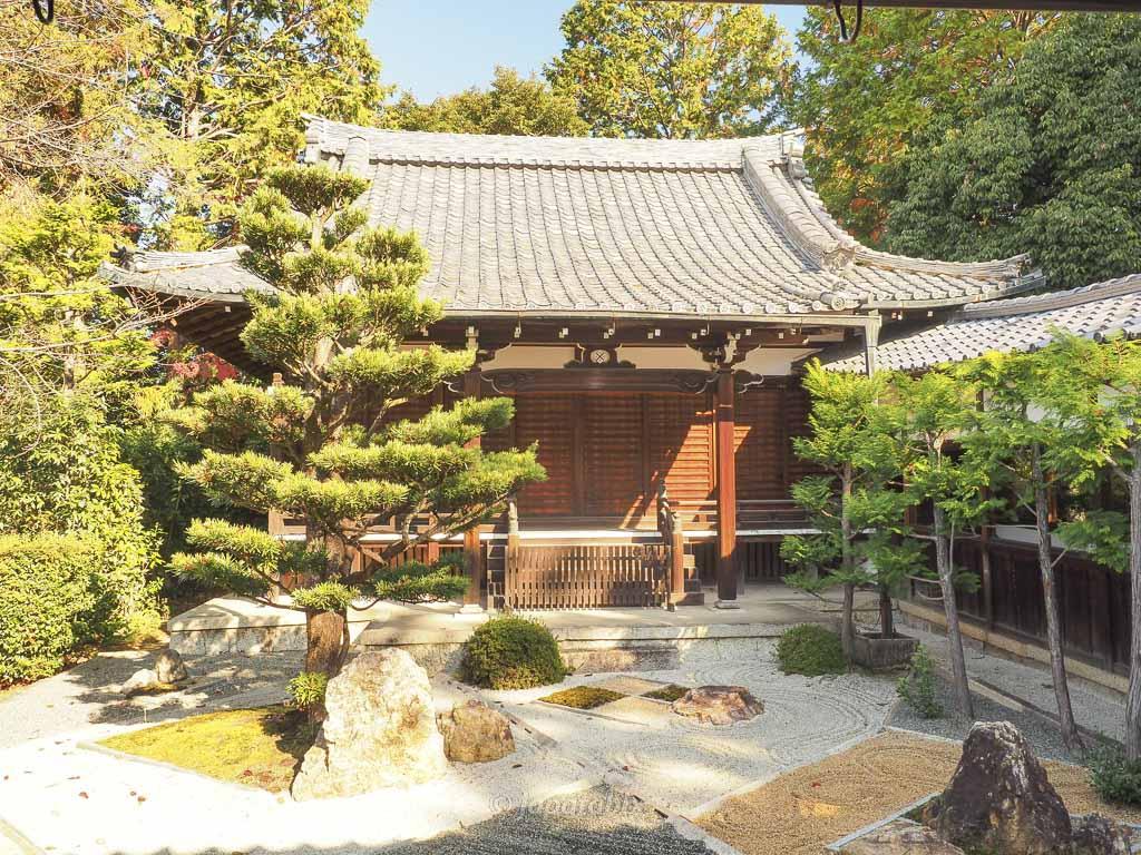 真如堂(真正極楽寺)随縁の庭